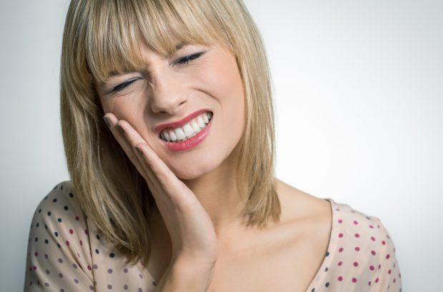 Riss im Zahn: Wie kommt der Zahn Riss zustande?