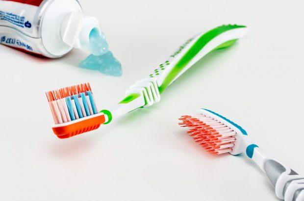 Zahnpasta ohne Flourid
